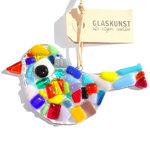 Vrolijk gekleurde glazen tuinvogel hanger. Decoratie vogel handgemaakt van speciaal glas in allerlei kleuren!