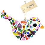 Grote glazen vogel hanger gemaakt van helder glas met kleurrijke confetti.