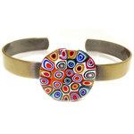 "Handgemaakte bronskleurige ""bangle"" armband met multicolor glazen ""cirkels"" cabochon!"
