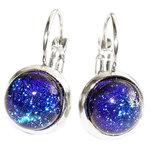 RVS klaphaak oorbellen met prachtige blauwe glazen cabochons. Unieke oorbellen van edelstaal met luxe blauw glas uit eigen atel