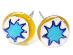 RVS oorstekers met geel-wit-blauwe sterren van millefiori glas!