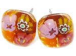 RVS oorstekers van amber glas met oranje,roze,paars en kerriegeel bloemetje!