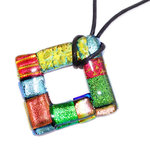 Kleurrijke vierkante ketting hanger gemaakt van het mooiste gekleurde dichroide glas!