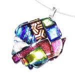 Prachtige gekleurde ketting hanger gemaakt van het mooiste glas.