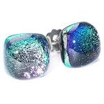 Speciale RVS oorstekers met paars-groene gloed in het glas!