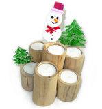 Sneeuwpop waxinelichthouder van teakhout met glazen kerstfiguren