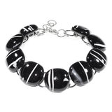 Zwart witte glazen armband met RVS edelstaal schakels.