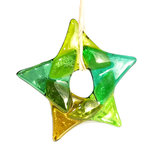 Glazen ster van 5 verschillende tinten helder groen glas! Glazen kerstster om op te hangen.