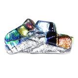 Glazen broche speld van luxe zilver, groen, geel en oranje glas. Glasfusing uit eigen atelier.