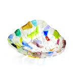 Helder glazen kommetje met kleurrijke accenten. Handgemaakte glasfusing schaal uit eigen atelier.