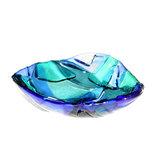 Blauw glazen schaaltje van heldere blauwe glassoorten