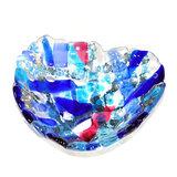 Glasfusing kom van blauw, roze en grijs glas.