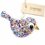 Glazen vogel van prachtig gekleurd glas om op te hangen. Elke vogel is handgemaakt in eigen atelier.