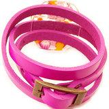 Roze armband met bronskleurige gesp