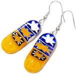 Lange oorbellen handgemaakt van geel-blauw millefiori glas!
