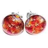 Rode oorstekers van RVS met rood glasfusing glas.