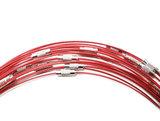 Flexibele rode spang/wisselketting met draaisluiting. 45 cm. lengte rode ketting voor hangers en bedels.
