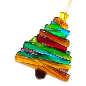 Glazen kerstboom hanger van gekleurd glas. Kleurrijke decoratieve hanger voor de kerstdagen!
