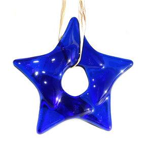 Donkerblauwe kerstster van prachtig helder donkerblauw glas! Glazen kerstster om op te hangen.