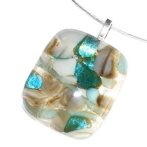 Glazen hanger van bruin, groen, grijs en ivoor-wit glas.