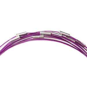 Spang ketting met magnetische sluiting. Lengte ca. 49 cm.