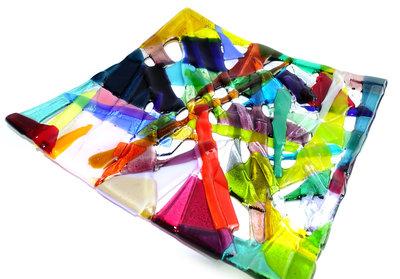 Kleurrijke vierkante schaal van prachtig glas!