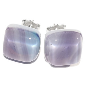 Handgemaakte oorstekers van opaal paars-lila-blauw gemêleerd glas!