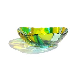 Groen schaaltje van speciaal glas.