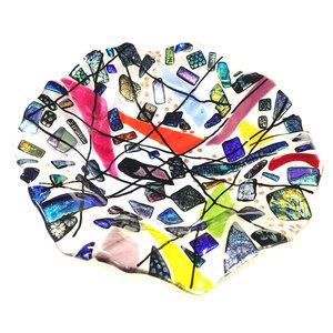 Ronde gewelfde glazen schaal met kostbare glassoorten in de mooiste kleuren!