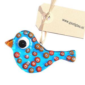 Klein vogeltje van blauw en oranje glas om op te hangen in huis of in de tuin. Unieke glazen hanger uit eigen atelier!