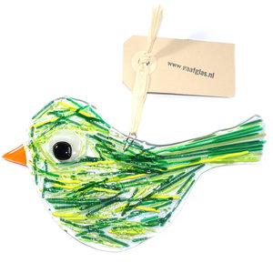 Heldere glazen vogel hanger met groene en gele strepen in het glas. Glasfusing vogel hanger voor huis en tuin!