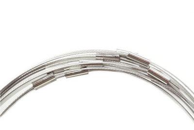 Zilver/grijze wisselketting. Handige spang met magneetsluiting, 51 cm.