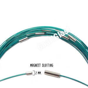 Turquoise ketting spang met magnetische sluiting, 46 cm. lengte