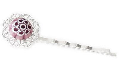 Handgemaakt zilverkleurig haarschuifje met paarse millefiori bloem!