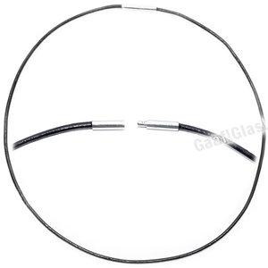 Zwart leren ketting van 56 cm. lengte met RVS bajonetsluiting.