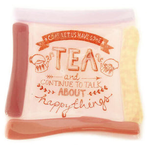 """Roze glazen theetipje met tekst: """"Come let us have some tea and talk about happy things"""""""