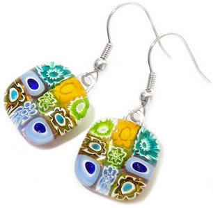 Handgemaakte glazen oorbellen van groen, turquoise en lila millefiori glas!