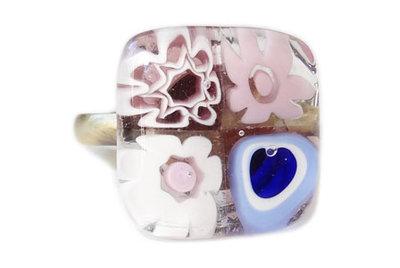 Bronskleurige ring met roze en lila millefiori