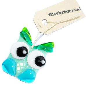 Handgemaakte glazen uiltje van mintgroen, groen en blauw glas. Unieke uil glashanger.