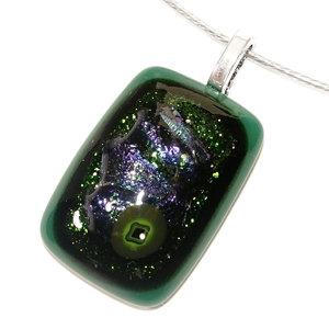 Groene glashanger handgemaakt van luxe groene en blauwe glassoorten.