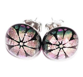 Luxe paarse glazen oorstekers met prachtige paarse dichroide bloem!