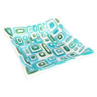 Unieke glazen design schaal van wit met blauw, groen en turquoise tinten. Glasfusing schaal gemaakt van het mooiste glas.