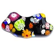 Zwarte multicolor glazen speld met kleurrijke millefiori bloemen.