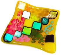Handgemaakt multicolor schaaltje van diverse luxe dichroide glassoorten!