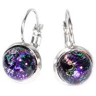 Paarse oorbellen met klaphaken. RVS oorbellen met handgemaakt paars glas!