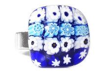 Handgemaakte glazen ring met blauwe en witte millefiori bloemetjes