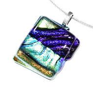Luxe glashanger van blauw, groen en goud/geel dichroide glas.
