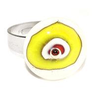 RVS edelstaal ring met geel-wit-rood glazen kunstwerkje.